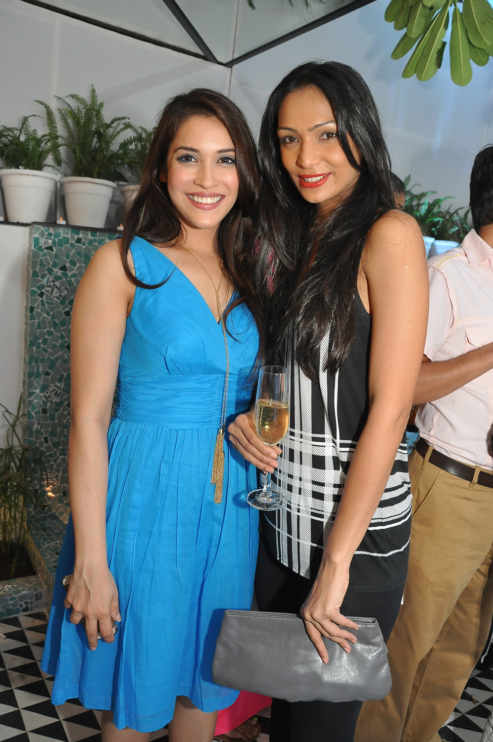 Actor Rashmi Singha and Model Shamita Singha.JPG