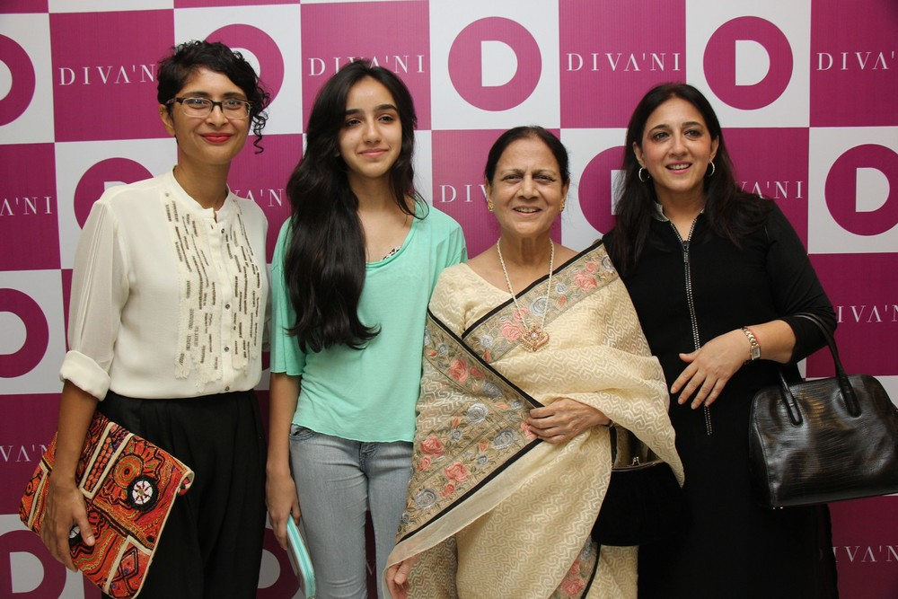 Kiran Rao with Zeenat Hussain at DIVA'NI store launch