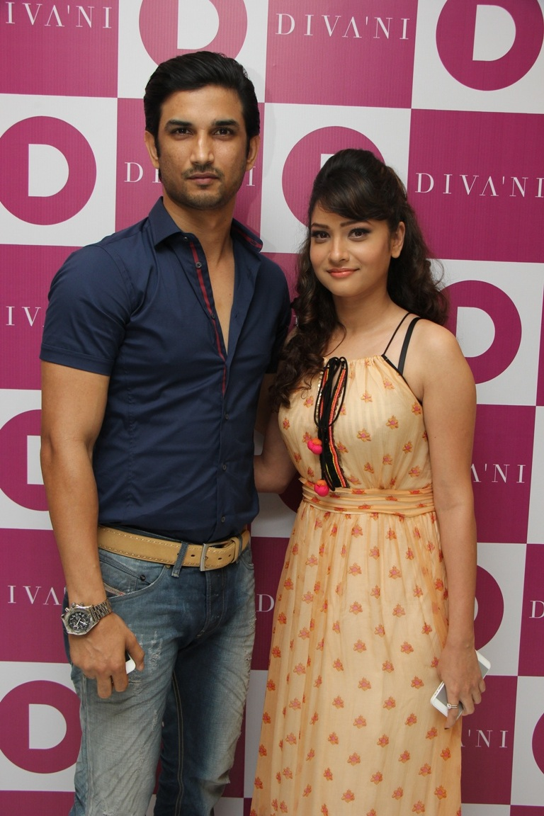 Sushant Singh Rajput with Ankita Lokhande at DIVA'NI store launch