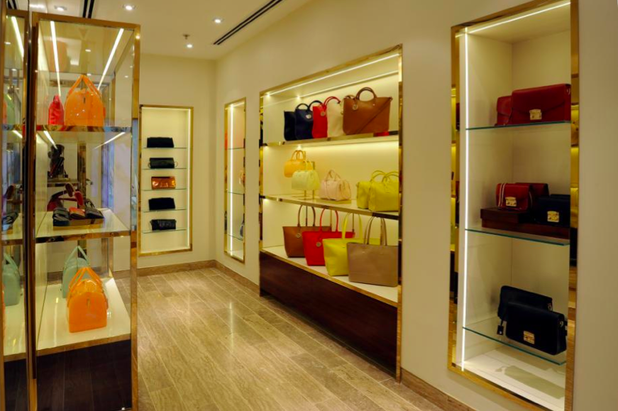 furla-select-city-walk-new-delhi-013.jpg