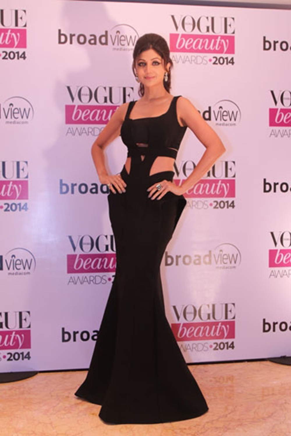 Shilpa Shetty in Monisha Jaising at the Vogue Beauty Awards 2014