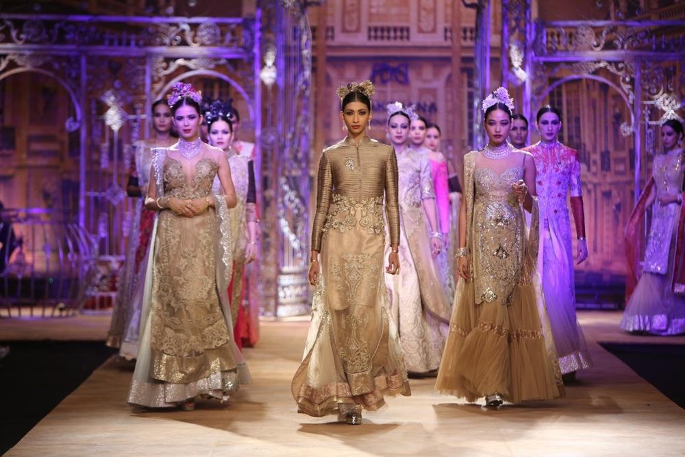 ICW-2014-sulakshana-couture-3.JPG