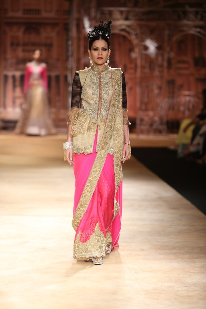ICW-2014-sulakshana-couture-16.JPG