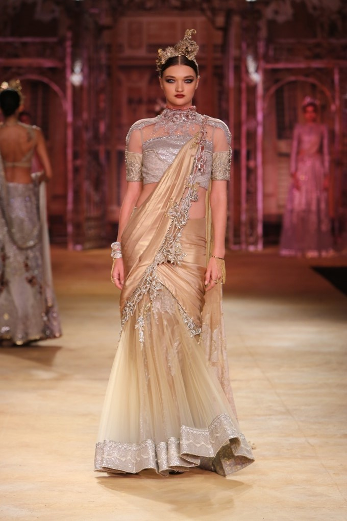 ICW-2014-sulakshana-couture-29.JPG
