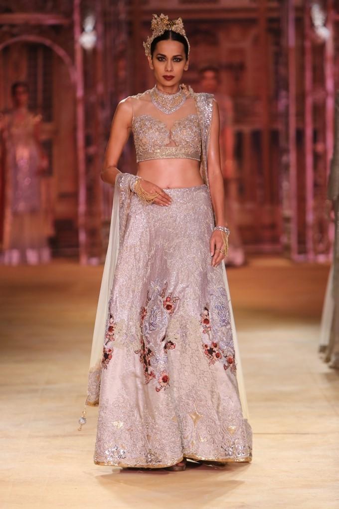 ICW-2014-sulakshana-couture-30.JPG