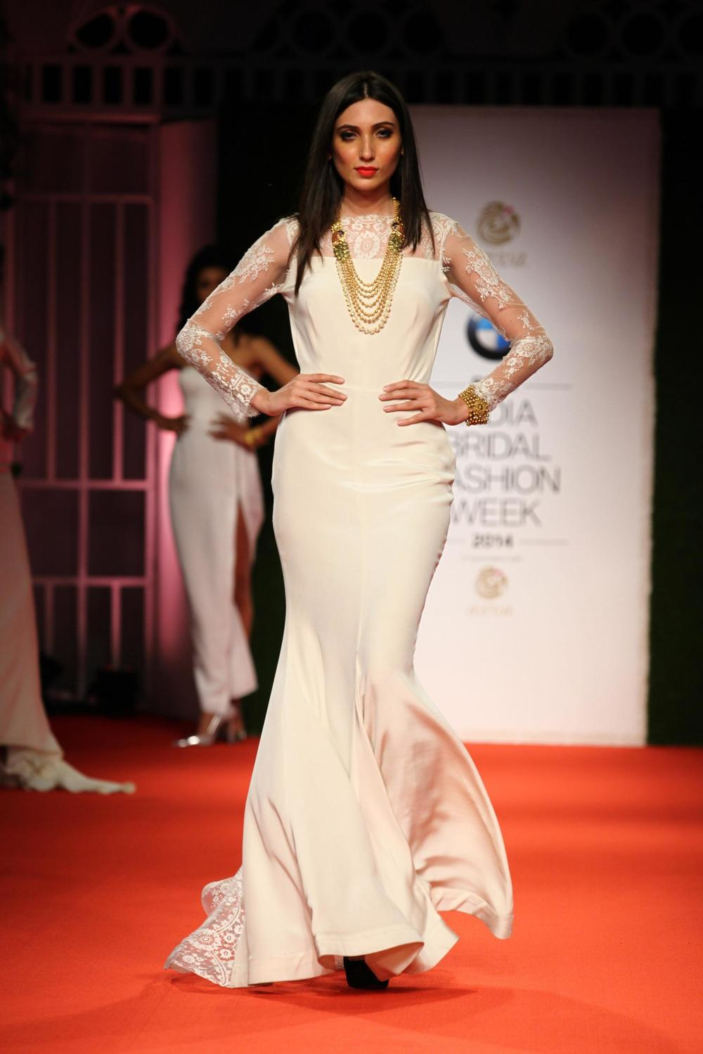 Azva Presents Gold Jewellery in its Most Elegant and Glamourous Avatar at BMW India Bridal Fashion Week 2014 in association with AZVA at DLF Emporio.jpg