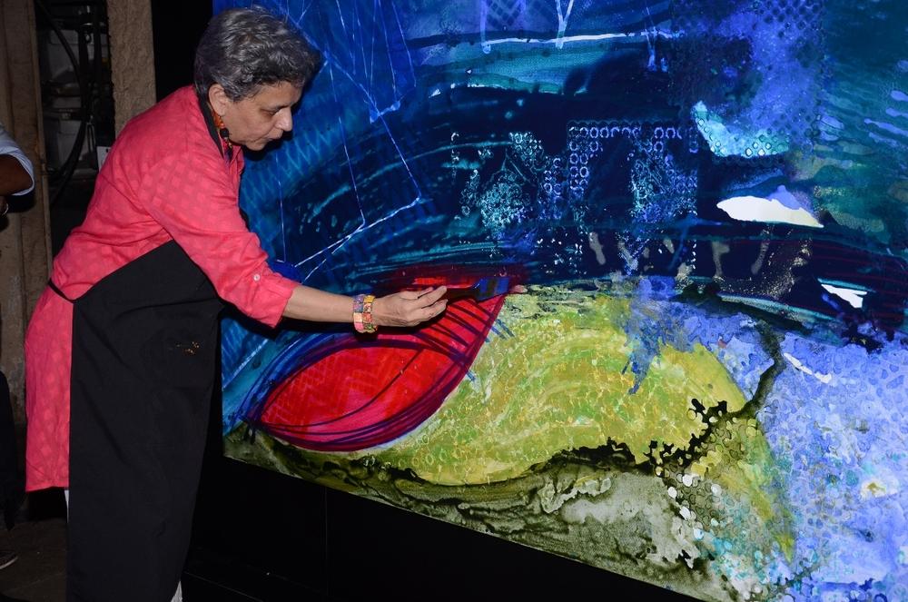 LFW WF 2014_Himalayan presents Shantanu & Nikhil preview (2)_Brinda Miller in action.JPG