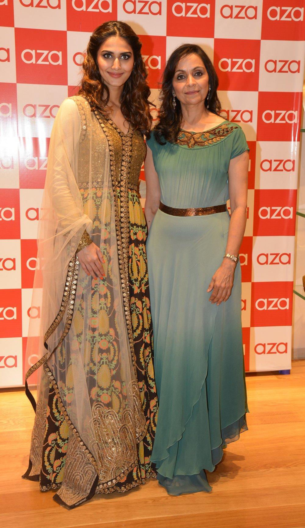 Vaani kapoor with Alka Nishar