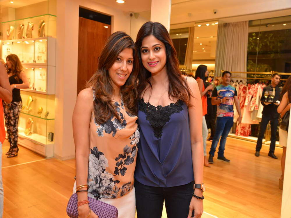 Renu Chainani with Shamita Shetty