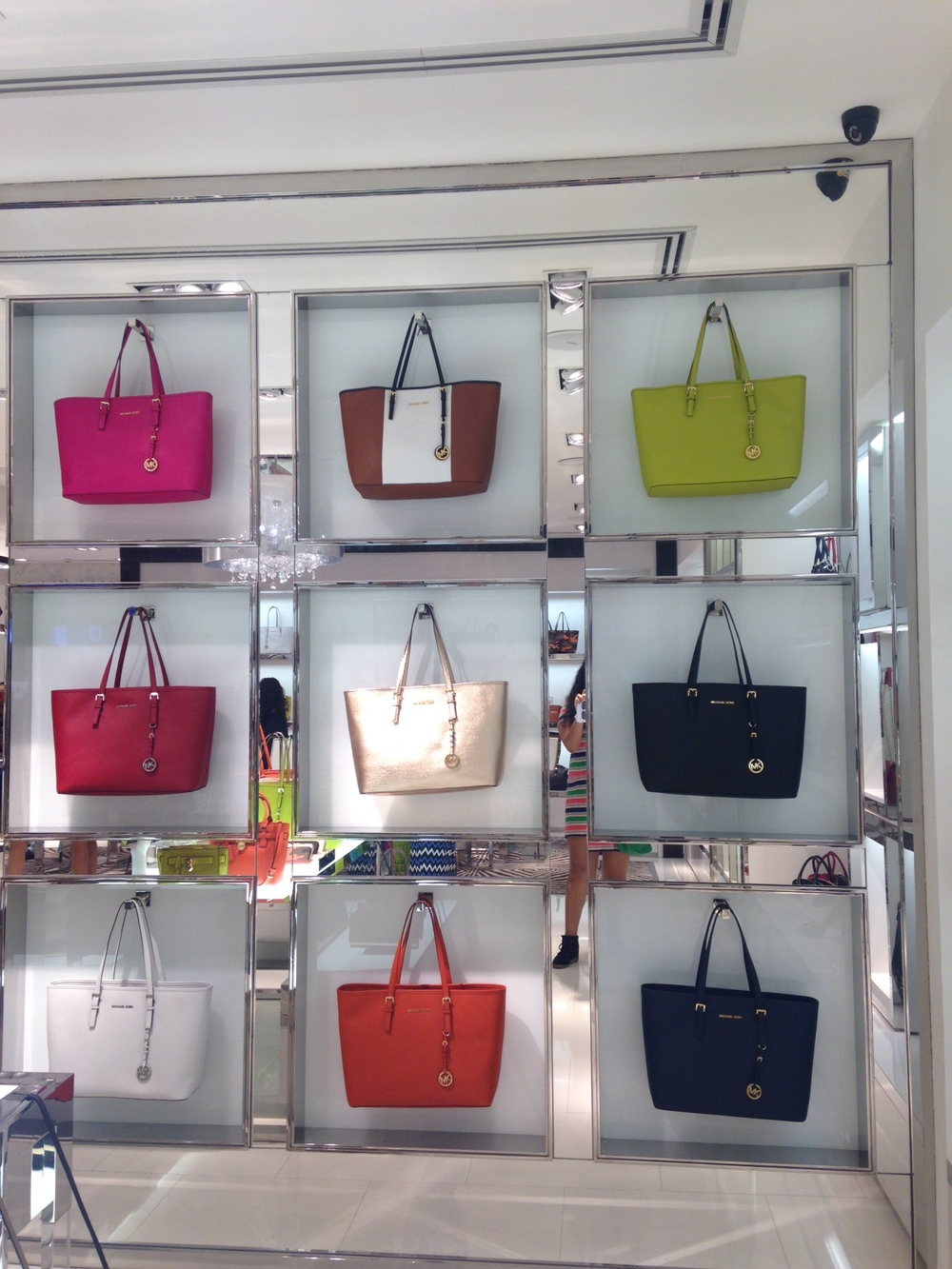 Tote Wall at the Michael Kors store in Palladium