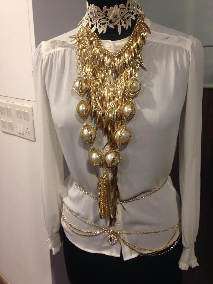 bansri-mehta-jewellery-lounge-01.jpg