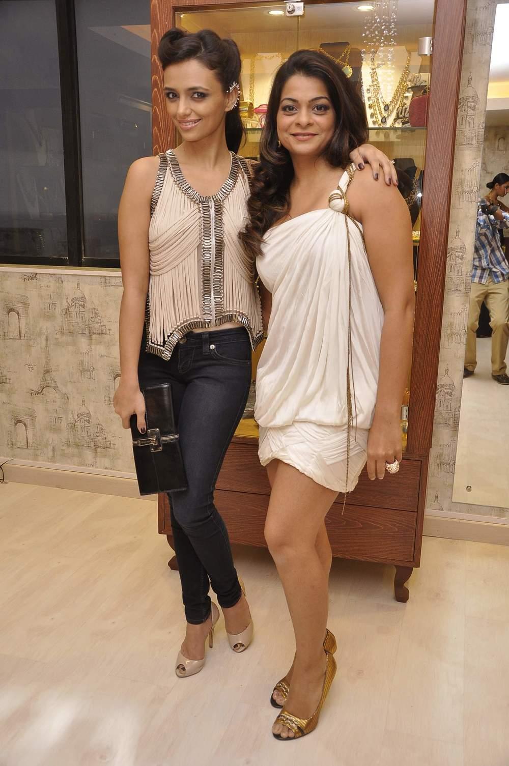 Bansri Mehta and Roshni Chopra
