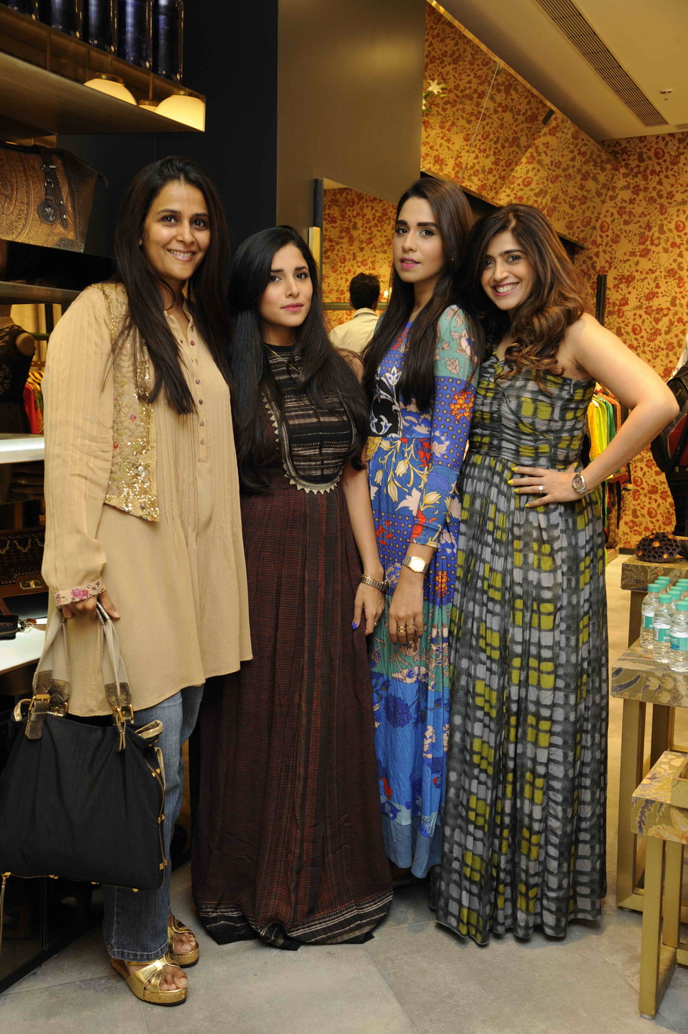 label-ritu-kumar-palladium-launch-01.jpg