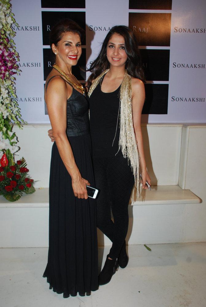 Anita Raaj with niece Malvika Raaj