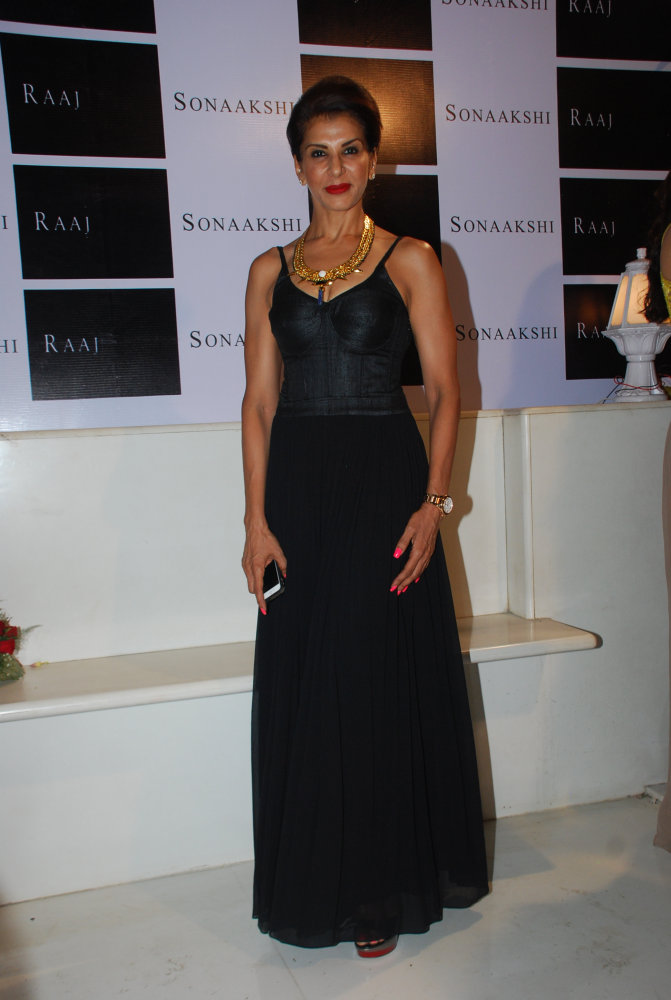 Anita Raaj wore a classic black low back jumpsuit and a statement neck-piece to complete her look.