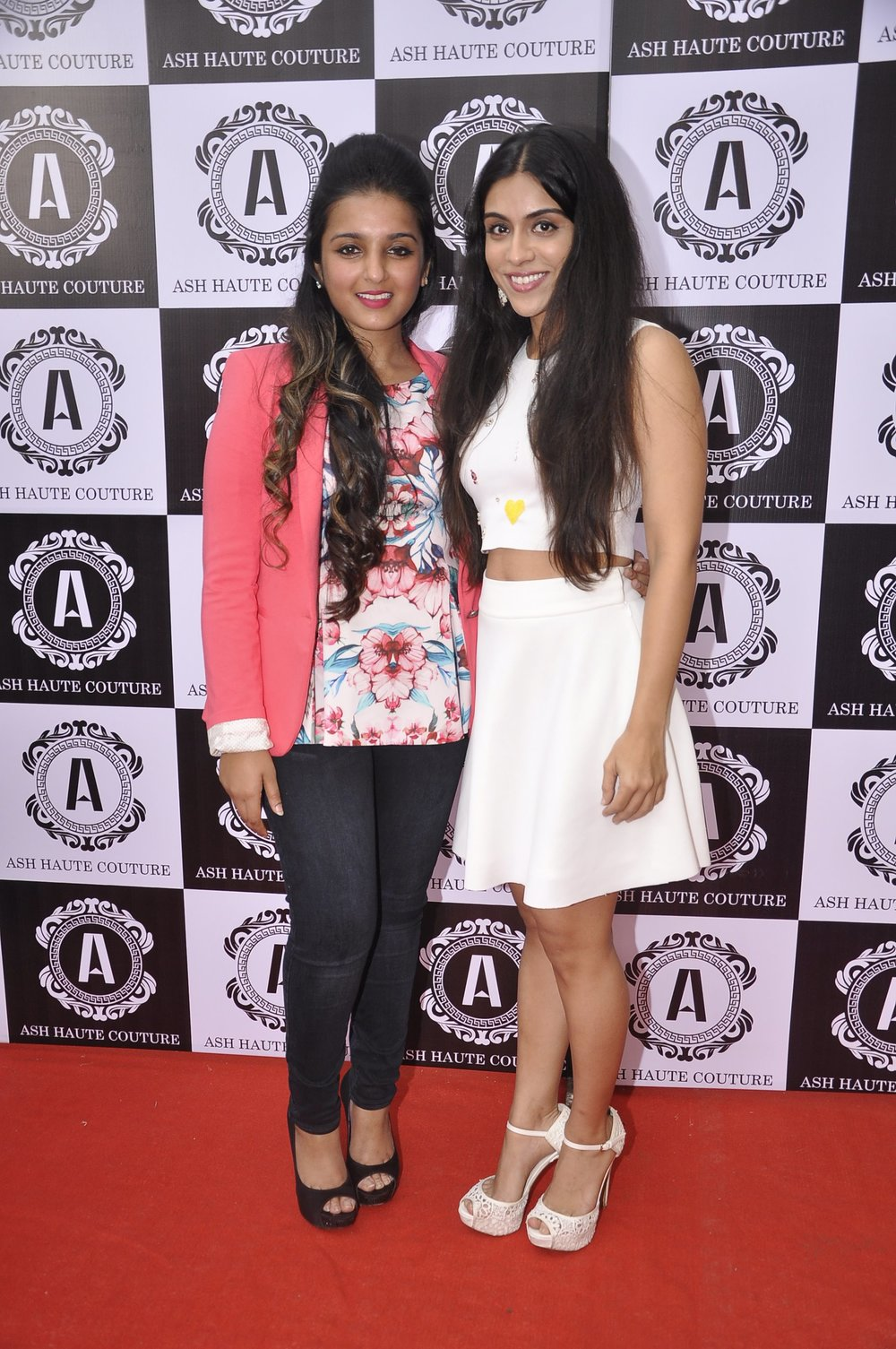 Ashna Gupta Kalra with Zoa Morani