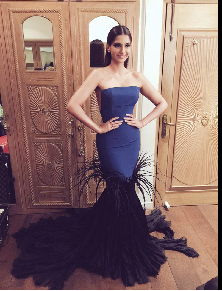 filmfare-style-awards-sonam-01.png