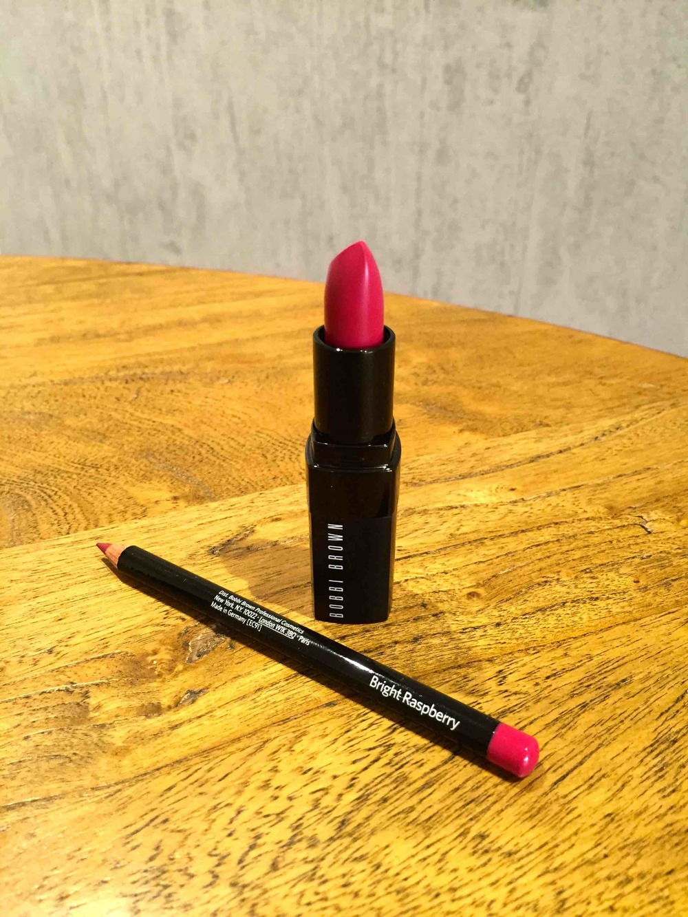 Bobbi-brown-cosmic-raspberry-3-8.jpeg