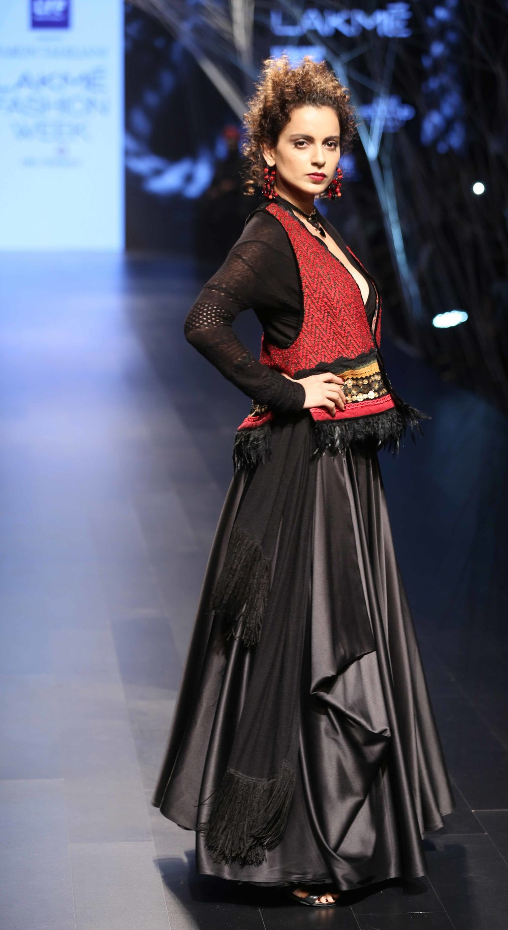 Actress Kangana Ranaut at Lakme Fashion Week Winter Festive 2016.jpg