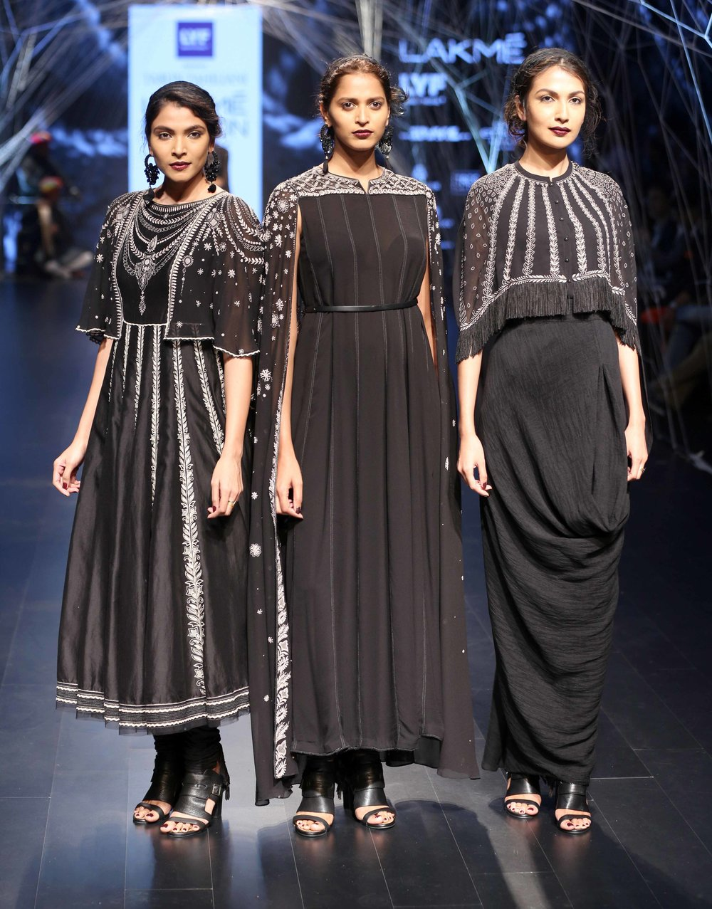 Models walk for Tarun Tahiliani at Lakme Fashion Week Winter Festive 201....jpg