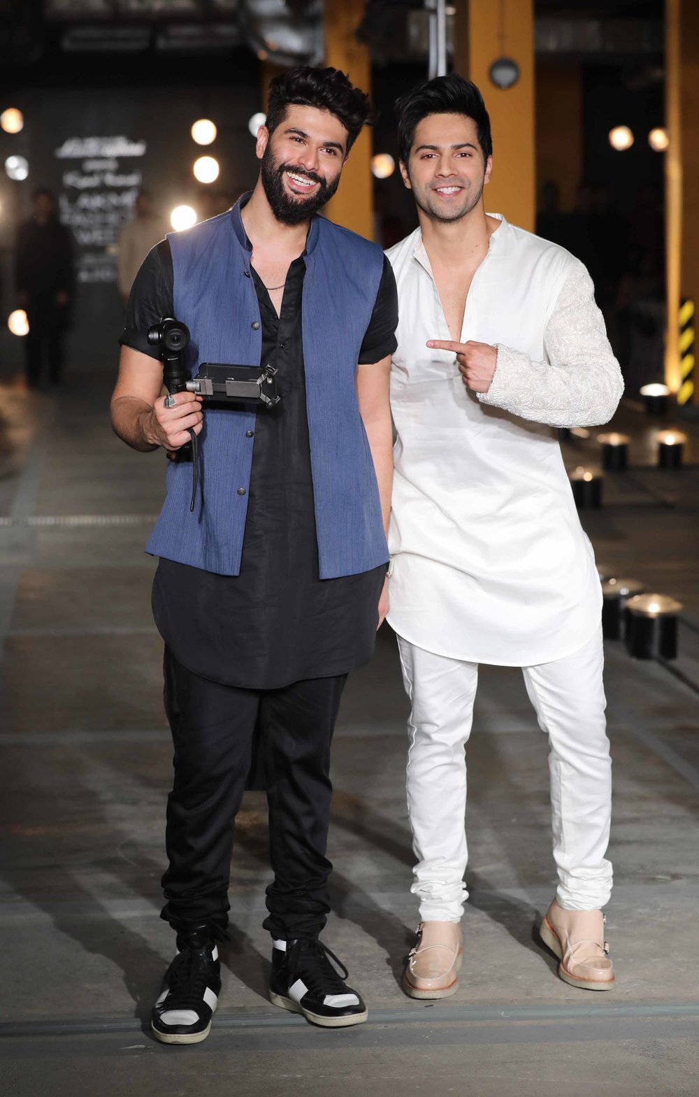Actor Varun Dhawan walks for Designer Kunal Rawal at LFW SR 2017.jpg