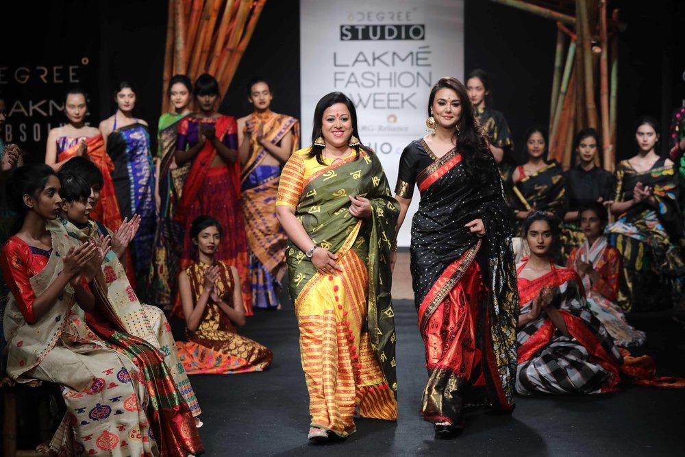 Actress Priety Zinta walks for the designer Sanjukta Dutta at LFW SR 17.jpg
