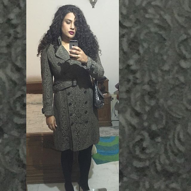 Delhi winters be like... #ootd #lotd #wiw #stylefile #aboutalook #bloggerdiaries #theartofthetrench #lace