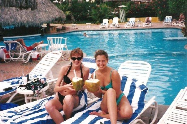 Cabo bikinis