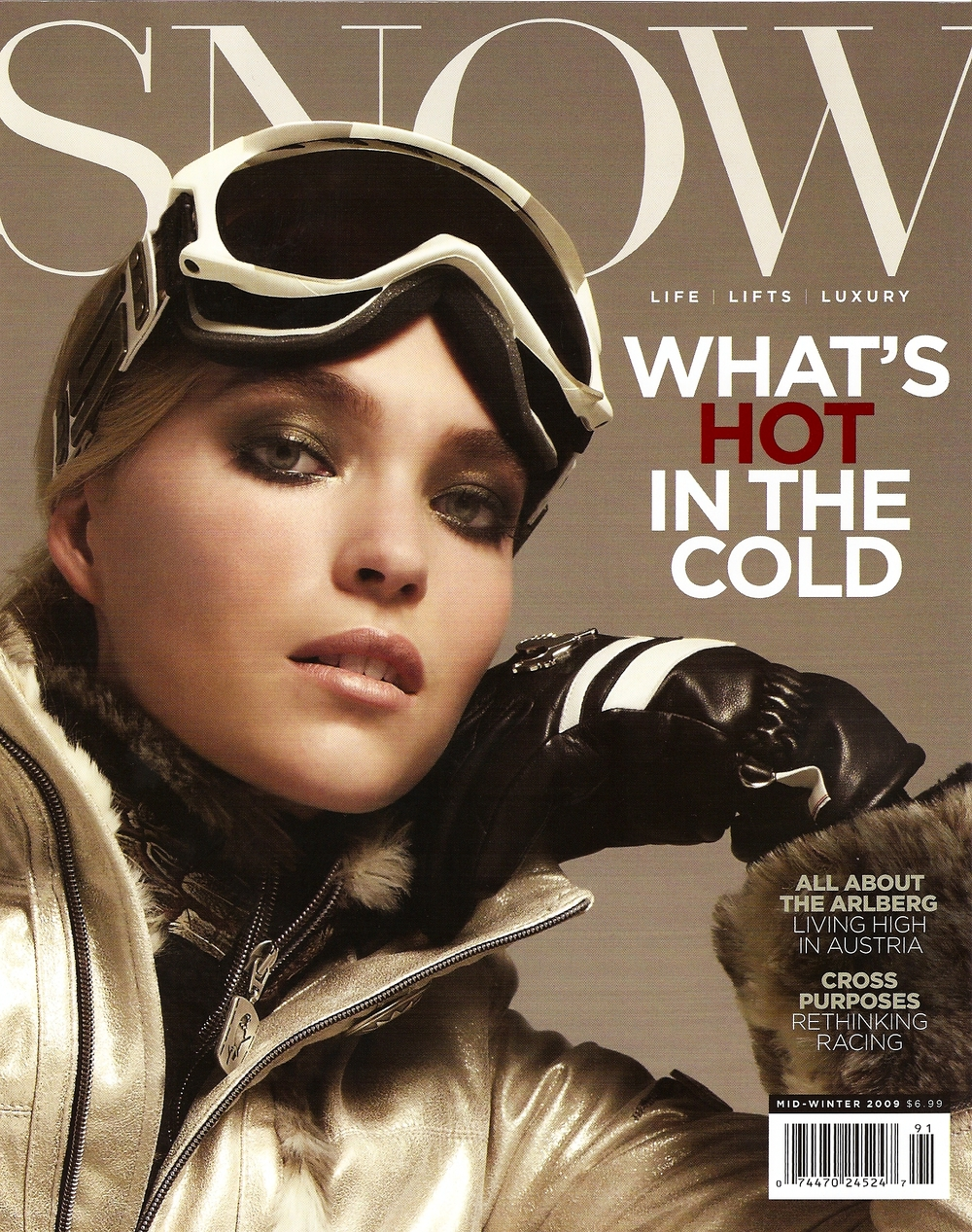 Hunter_Snow_Magazine_cover_Winter_2009.jpg