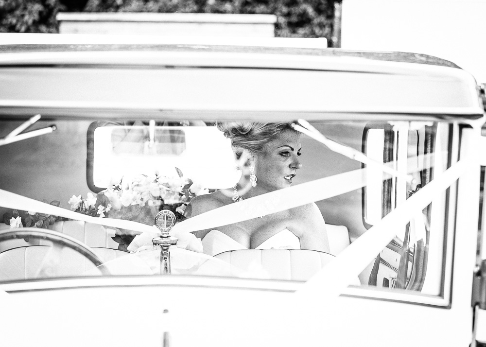 reportage wedding photographer in the south west
