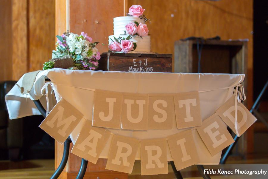 Erika & James {Real Wedding} | Just Save the Date | Photo Credit: Filda Konec Photography