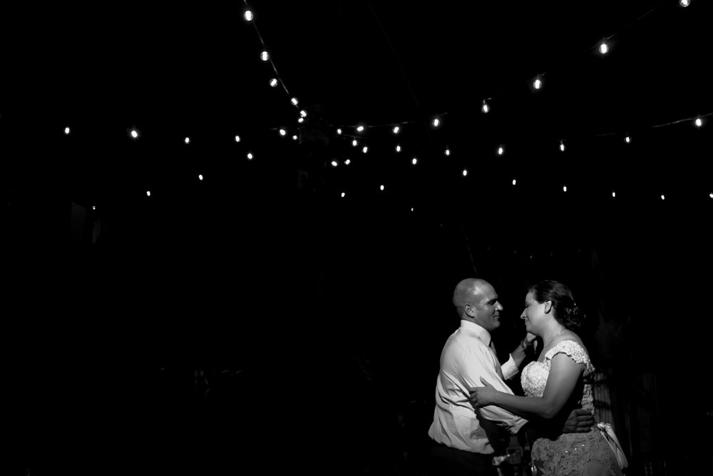 Megan & Michael {Real Wedding} | Just Save the Date | Photo Credit: Maggie Stolzberg Photography