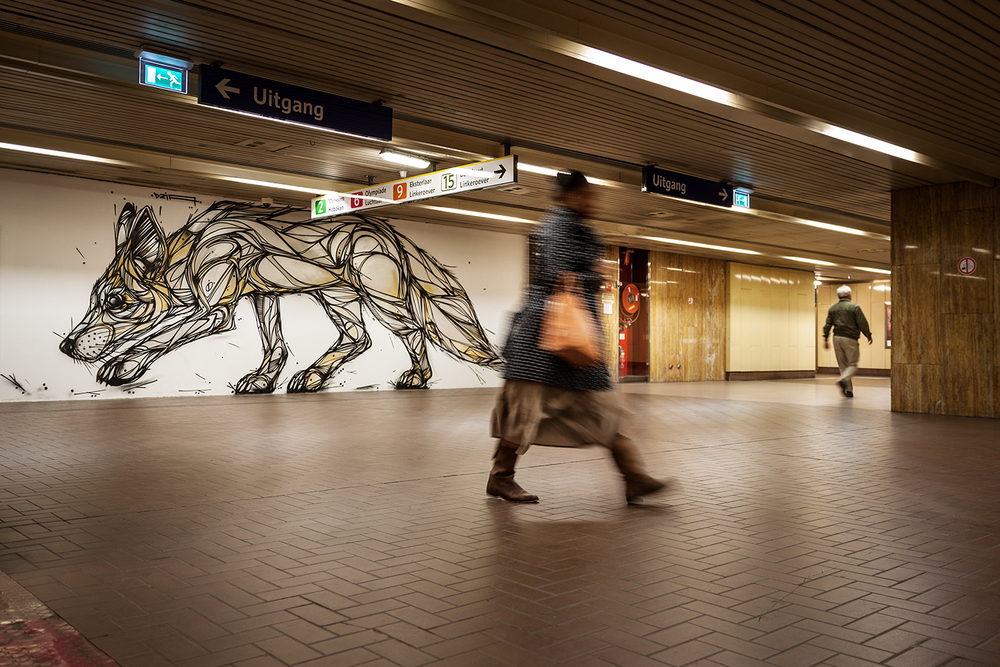 Grafitti by Dzia, metro station Plantin, Antwerp, 2015