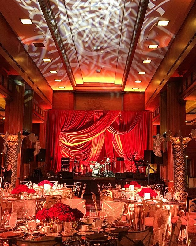 Loving these ballrooms on the historic @thequeenmary 🚢 • • • #eventproduction #eventdesign  #lightingdesign #lighting #artistic #creative #eventplanning  #corporateevent #corporatedinner #event  #eventplanner #production #productionlighting #soundproduction #lightingproduction #videoproduction #productionlife #wedding #weddingseason #weddingplanner #weddingday #bride #reception #led #ledlighting #love #gala #shinelighting #elegance #eventstyling