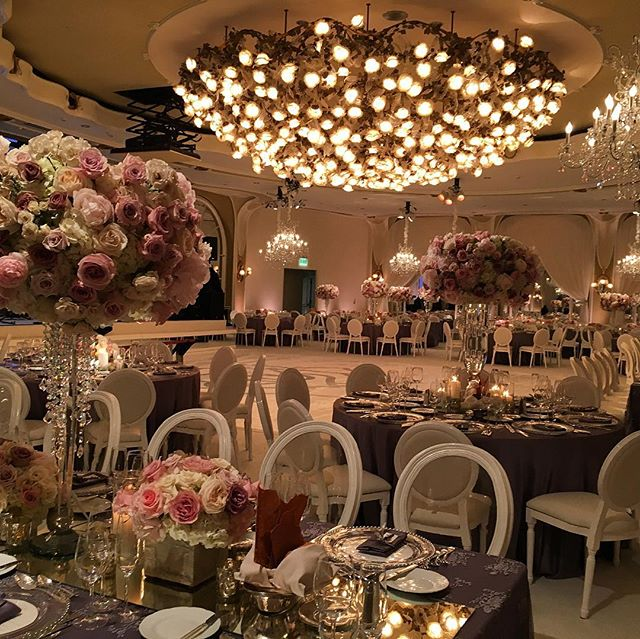 Swoon! 💕💕 . . #eventproduction #eventdesign  #lightingdesign #lighting #artistic #creative #eventplanning  #corporateevent #corporatedinner #event  #eventplanner #production #productionlighting #soundproduction #lightingproduction #videoproduction #productionlife #wedding #weddingseason #weddingplanner #weddingday #bride #reception #led #ledlighting #love #gala #shinelighting #elegance #eventstyling