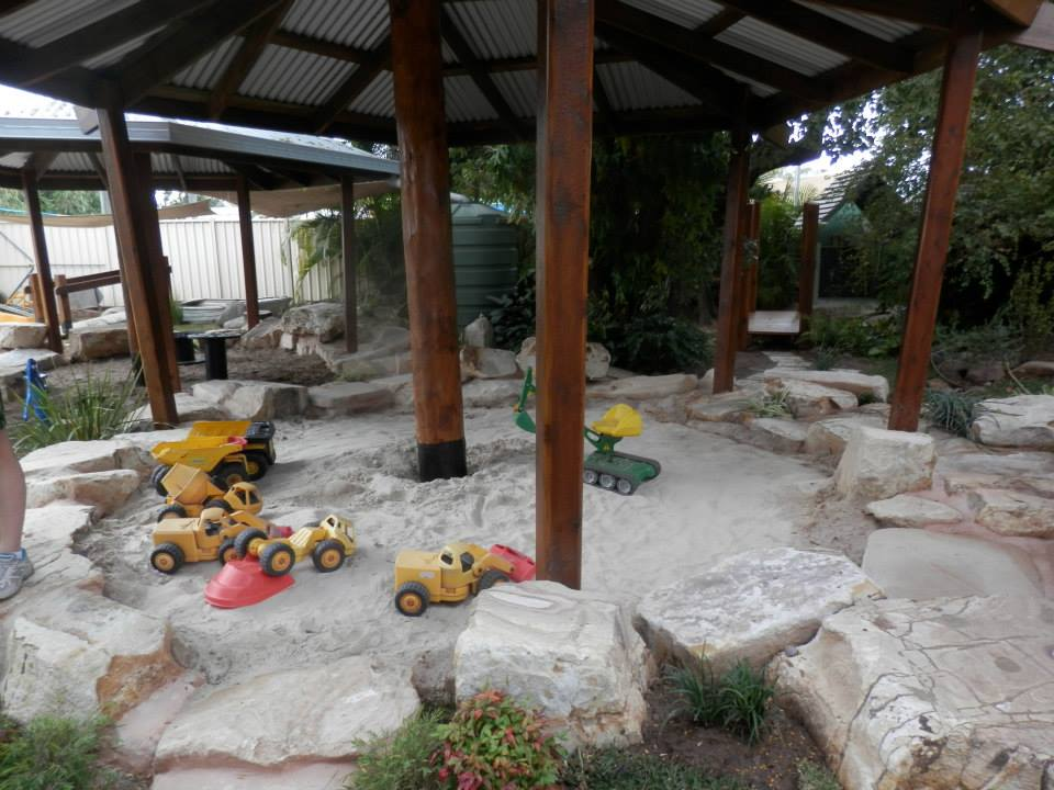 the  SAND pit connects to the  DIRT pit, the dirt pit connects to the MUD  pit.