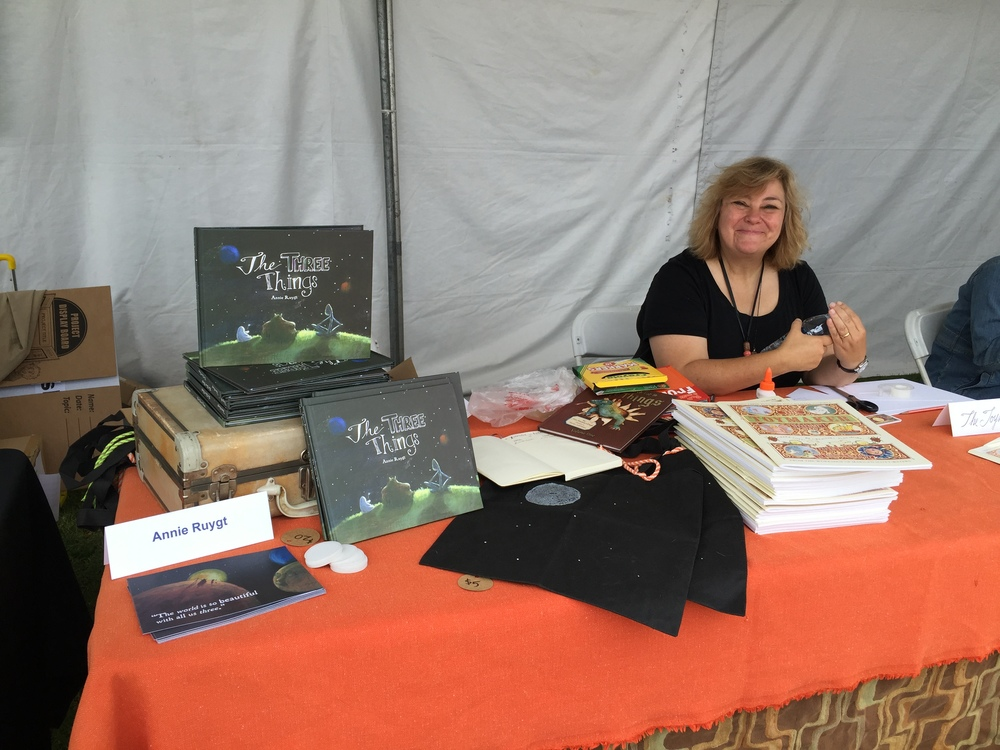 I shared a booth with the lovely Toymaker- Mrs. Marilyn Scott-Waters!   www.thetoymaker.com
