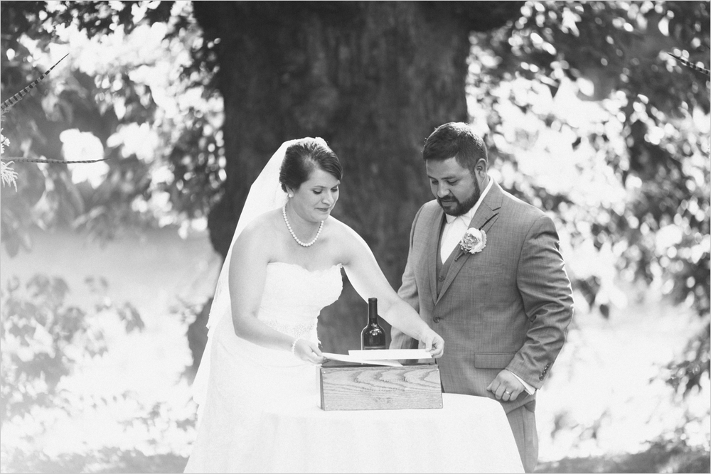 amanda-greg-lancaster-pa-manor-wedding_0023