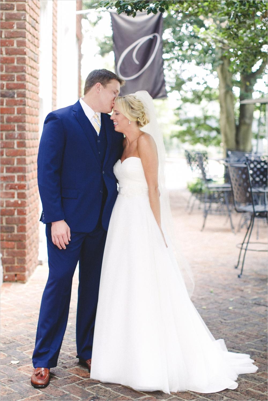 jess_tyler-bright-cheery-richmond-virginia-wedding_0012