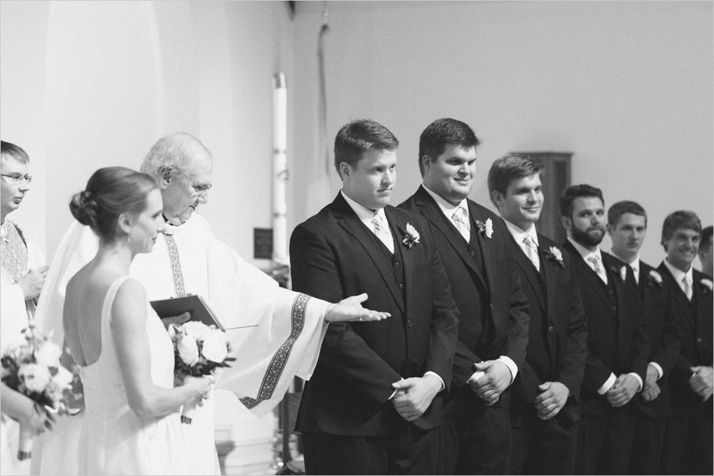 jess_tyler-bright-cheery-richmond-virginia-wedding_0021