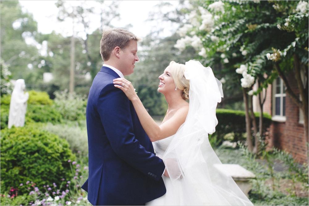 jess_tyler-bright-cheery-richmond-virginia-wedding_0026