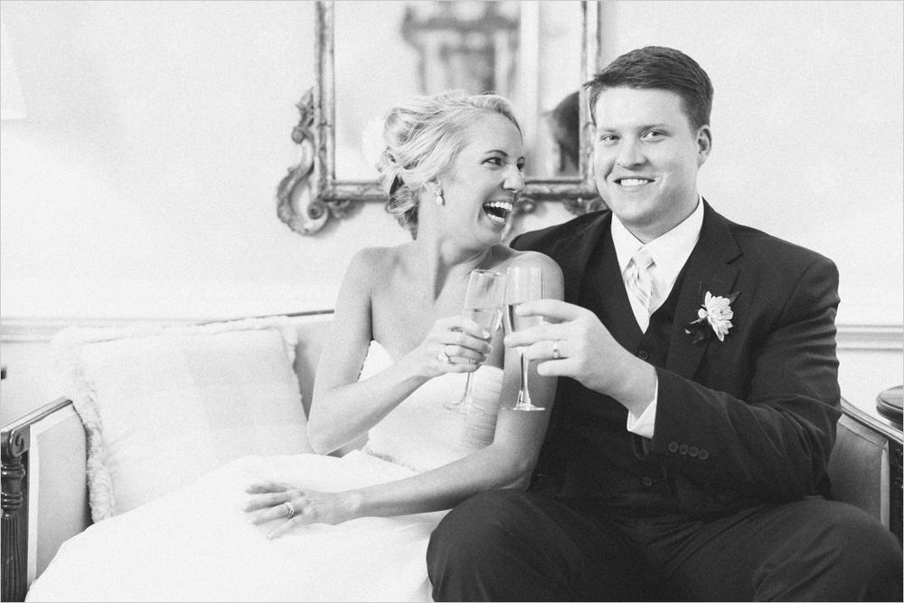 jess_tyler-bright-cheery-richmond-virginia-wedding_0031
