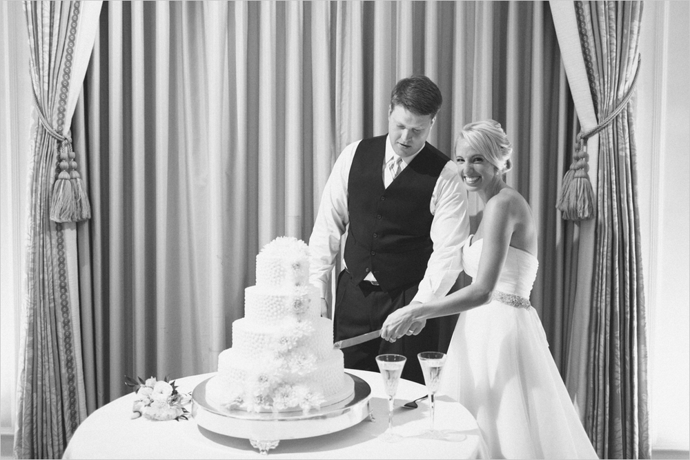 jess_tyler-bright-cheery-richmond-virginia-wedding_0052