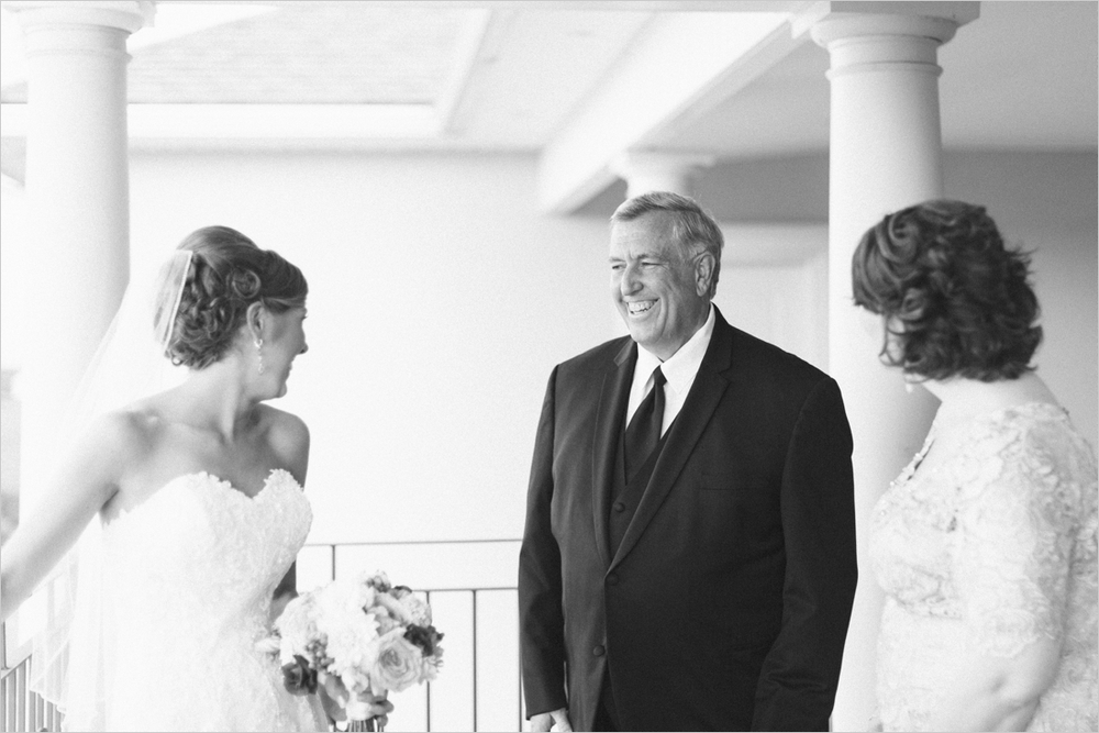 leslie-derek-crosskeys-vineyard-wedding-harrisonbug-va_0007