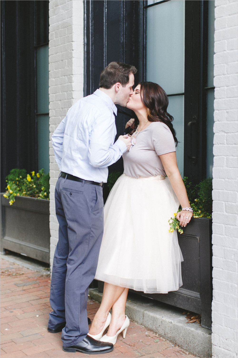 ariana-kevin-downtown-richmond-engagement_0007