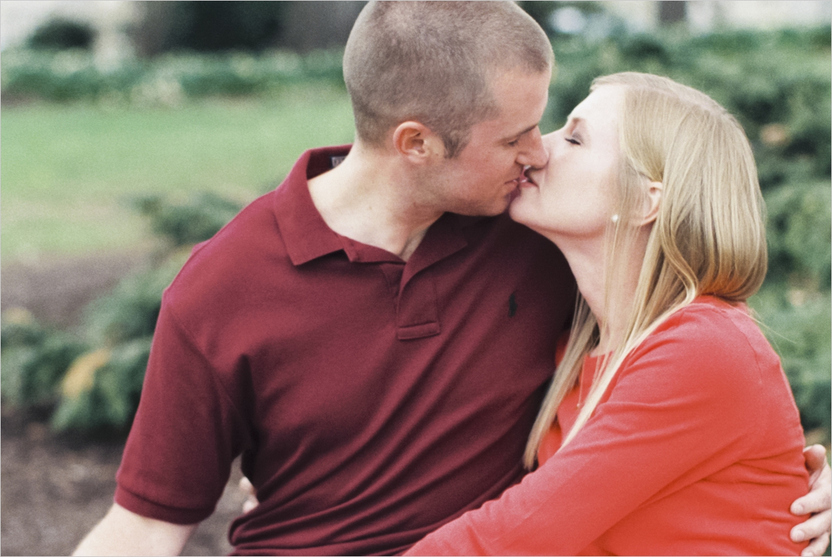 emily-jack-downtown-blacksburg-engagement_0052