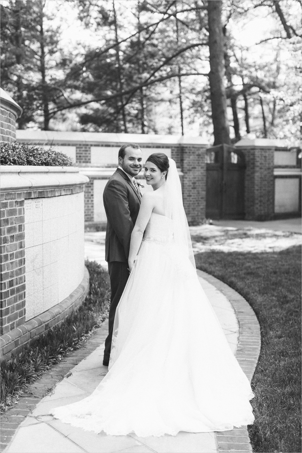 monica-nate-classic-country-club-virginia-wedding_0036