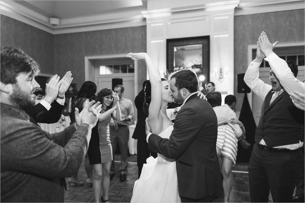 monica-nate-classic-country-club-virginia-wedding_0059