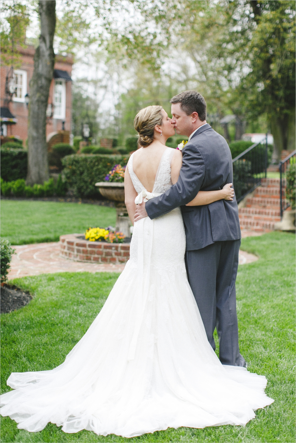 sarah-jordy-married-historic-mankin-mansion_0011