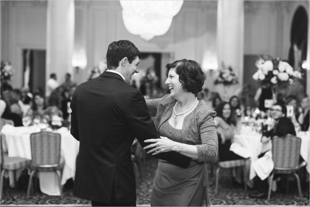 sarah-will-jefferson-hotel-virginia-wedding-photographer_0057